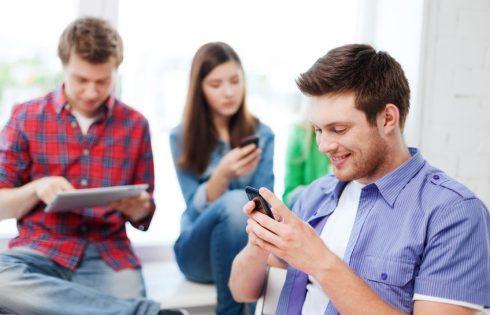Κοινωνικά δίκτυα και έφηβοι. Τι πρέπει να γνωρίζεις
