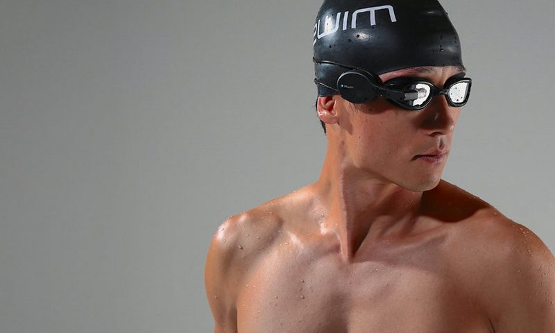 Έξυπνα γυαλιά για… κολυμβητές