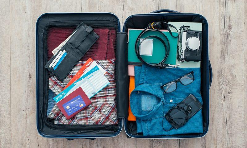 Ταξιδεύεις; Πώς να προστατέψεις τις ηλεκτρονικές σου συσκευές