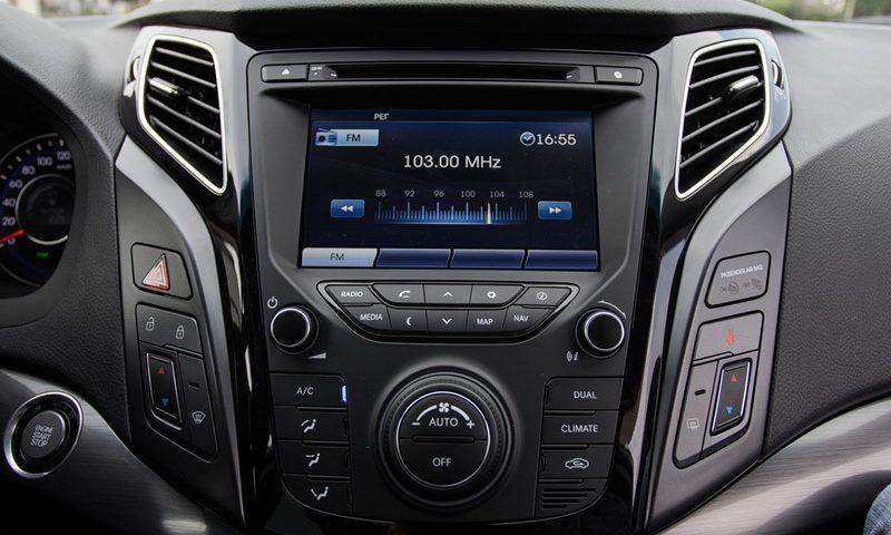 Πώς να ακούσεις ιντερνετικό ραδιόφωνο στο αυτοκίνητο