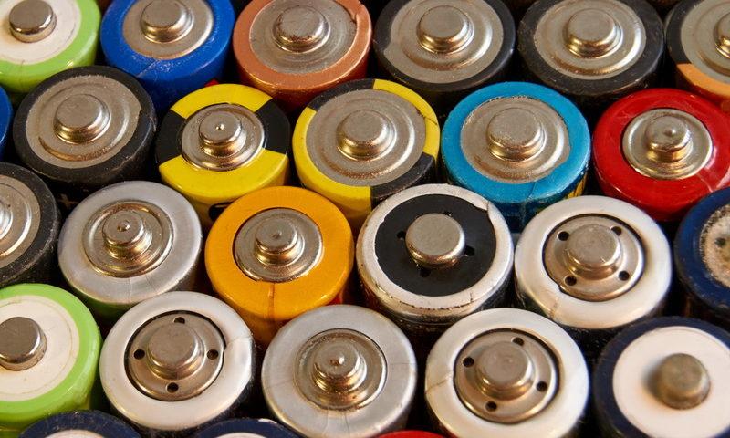 Ταξιδεύοντας με μπαταρίες. Τι πρέπει να ξέρεις