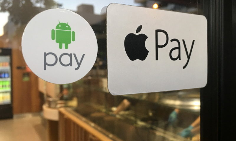 Apple Wallet vs Google Pay. Ποιο είναι καλύτερο;