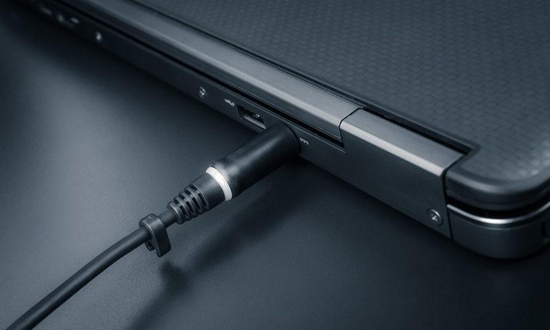 Δεν φορτίζει η μπαταρία του laptop σου; Τι μπορείς να κάνεις