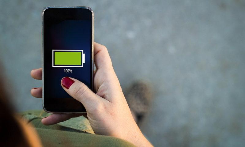 Smartphone που διαρκεί πέντε μέρες; Έρχεται…