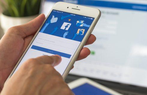 Καλά θα κάνεις να συνηθίσεις το νέο Facebook