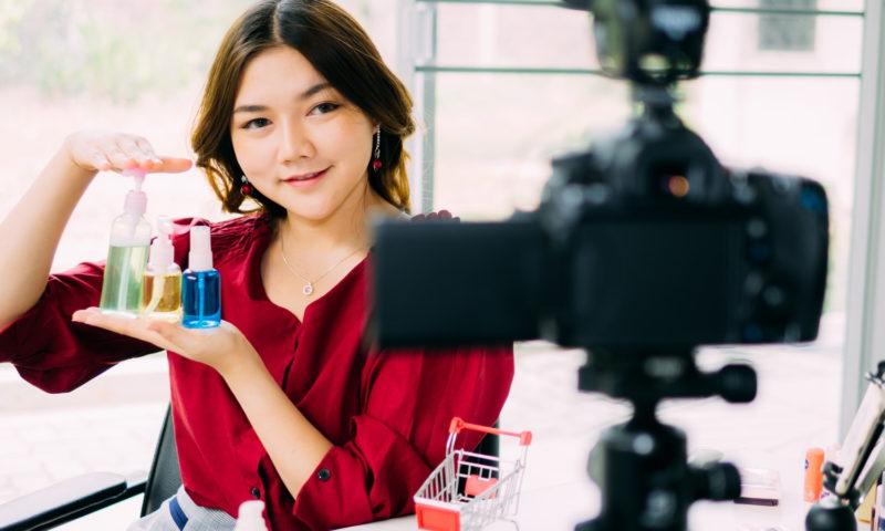 Το YouTube αναγνωρίζει προϊόντα μέσα στα βίντεο