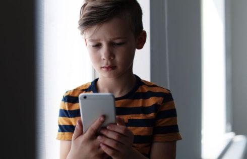 Το iPhone εντοπίζει το ακατάλληλο περιεχόμενο